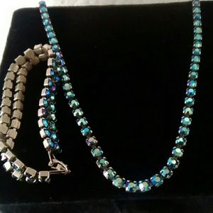Jewelry - Gorgeous vintage rhinstones blue necklace and brac